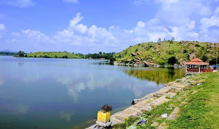 ಕೆರೆ ತೊಣ್ಣೂರು/ತೊಂಡನೂರು ಕೆರೆ